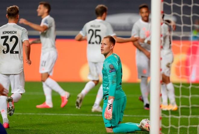 Barcelona cùng bảng Bayern Munich, PSG gặp lại Man City - 4