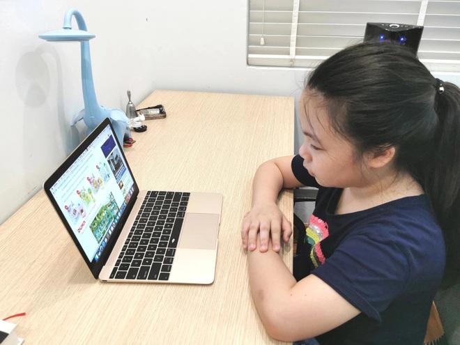 Bộ trưởng GD-ĐT: Dạy học trực tuyến trở thành việc lâu dài - 2