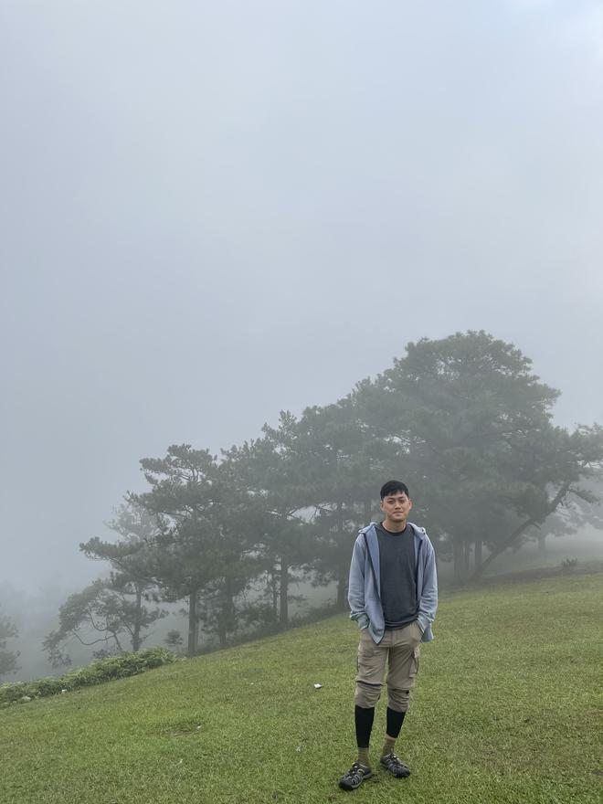 Tính đi xuyên Việt, chàng trai mắc kẹt hơn 2 tháng ở Đà Lạt vì Covid-19 - 2