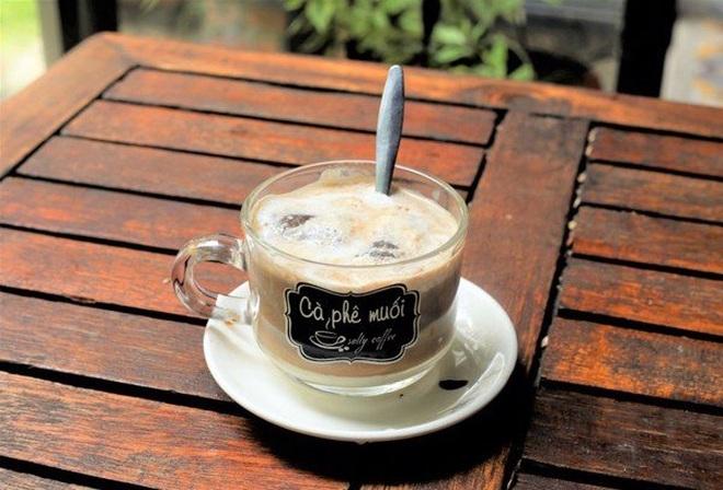 Tranh thủ giãn cách, học cách pha cà phê muối chuẩn vị xứ Huế tại nhà - 1