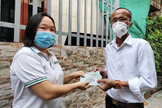 Trao 458 triệu đồng tới 132 bệnh nhân xóm chạy thận đang gặp khó khăn - 3