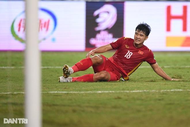 Việt Nam 0-1 Australia: Bàn thua bất ngờ và nỗi đau trọng tài - 2