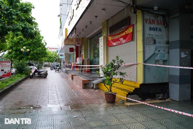 Phong tỏa chung cư ở Hà Nội có 7 F0, một hiệu thuốc liên quan phải đóng cửa - 5