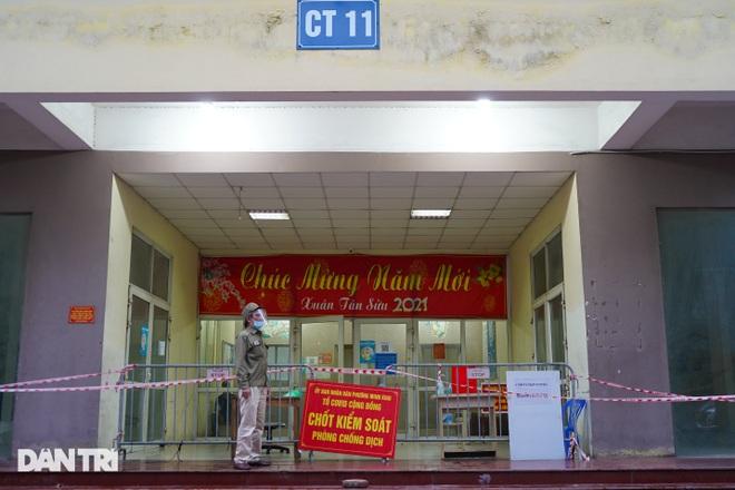 Phong tỏa chung cư ở Hà Nội có 7 F0, một hiệu thuốc liên quan phải đóng cửa - 2