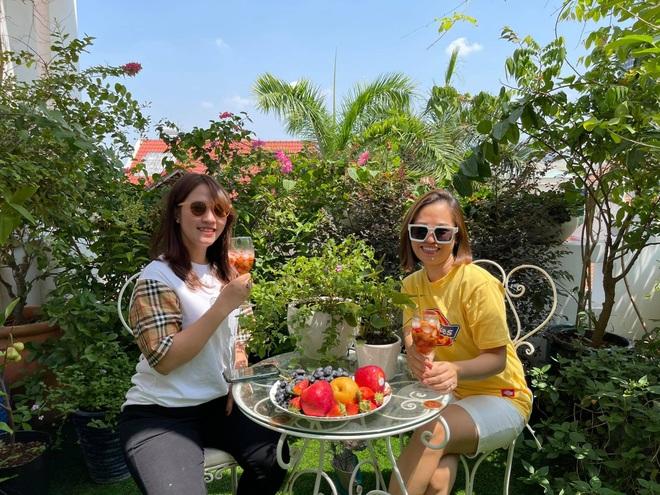 Ngắm vườn như rừng bách thảo trên sân thượng của nữ gia chủ ở Sài Gòn - 15