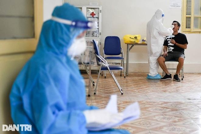 Hà Nội: Thêm 11 F0, đạt tiến độ 86% tiêm chủng vắc xin Covid-19 - 1
