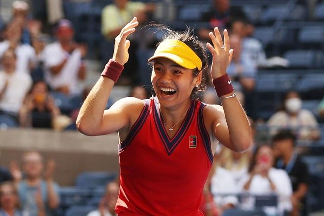 Tay vợt 18 tuổi lập kỳ tích vô tiền khoáng hậu tại US Open - 1