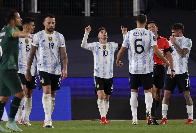 Messi vượt thành tích của Pele sau cú hattrick giúp Argentina thắng đậm - 1