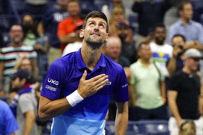 Sau thất bại ở Olympic Tokyo, Djokovic thận trọng khi tái đấu Zverev - 1