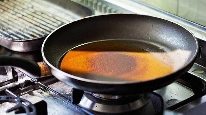Xử lý dầu ăn thừa đúng cách, bảo vệ môi trường và sức khỏe - 1