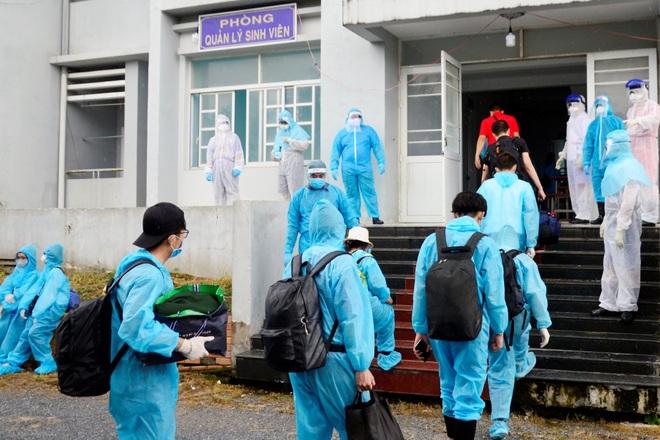 Bạc Liêu lần đầu tiên đón hơn 200 công dân, lao động ở TPHCM về địa phương - 5