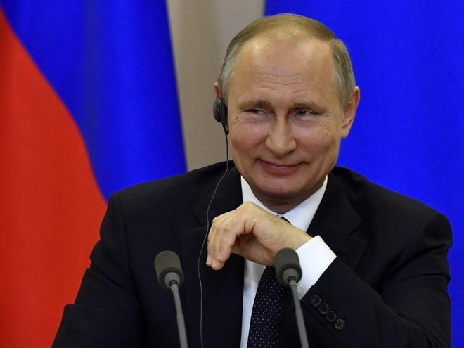 Cặp đôi Thụy Điển bị cấm đặt tên con là Vladimir Putin - 1