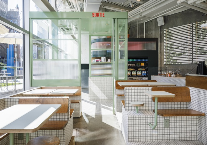 Thiết kế độc lạ giúp quán cà phê hút khách và tiết kiệm điện năng - 2