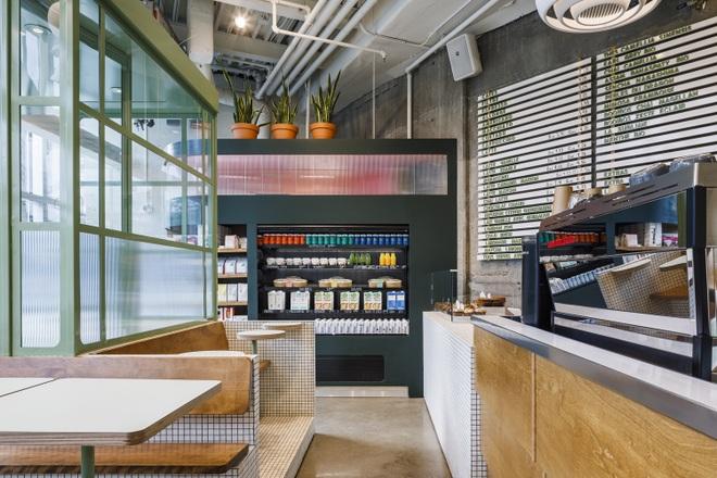 Thiết kế độc lạ giúp quán cà phê hút khách và tiết kiệm điện năng - 11