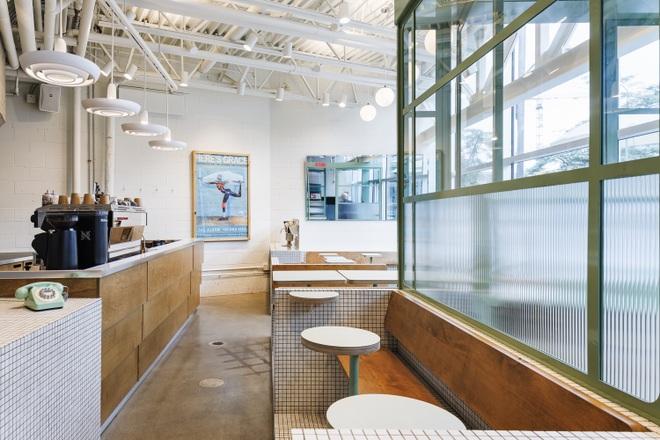 Thiết kế độc lạ giúp quán cà phê hút khách và tiết kiệm điện năng - 13
