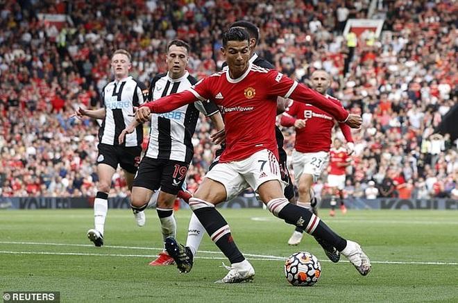 C.Ronaldo nói gì sau màn ra mắt như mơ ở Man Utd? - 2