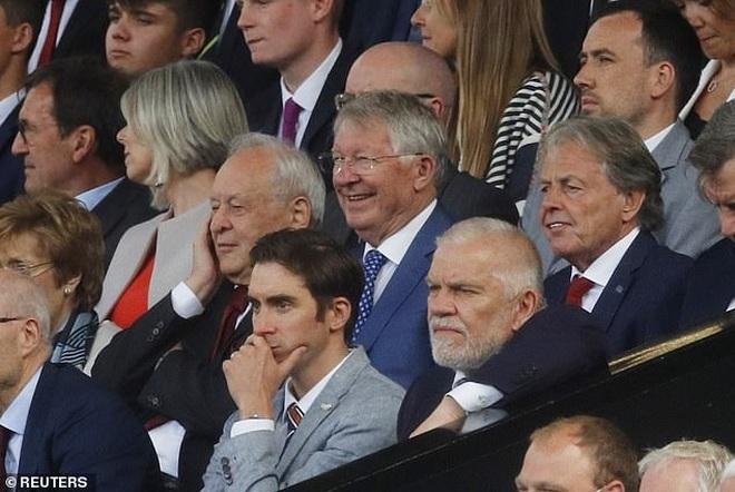 Sir Alex Ferguson nói gì về màn ra mắt trong mơ của C.Ronaldo? - 1