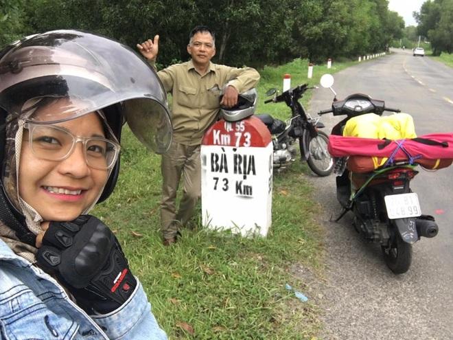 Hạnh phúc ngang đường của cô gái trốn nhà đi xuyên Việt một mình - 2