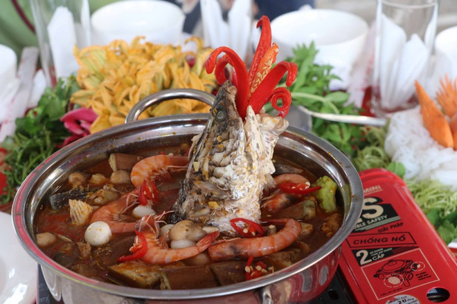The secret to creating a specialty of U Minh forest fish sauce hot pot - 5