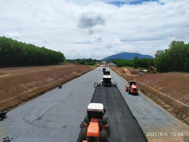 Cao tốc Dầu Giây - Phan Thiết đảm bảo tiến độ, khu vực nào hưởng lợi? - 1
