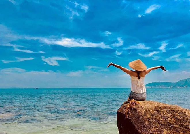 Da Nang: Discover a new tourist destination, Hon Chao island in the middle of the sea - 3
