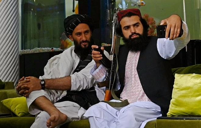 150 tay súng Taliban sống trong biệt phủ của cựu phó tổng thống Afghanistan - 2
