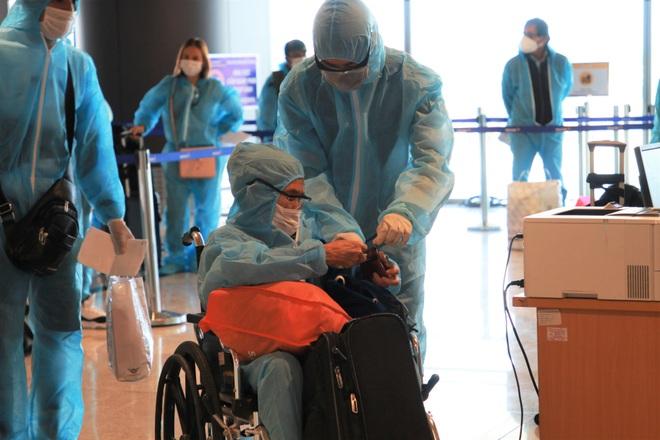 Quảng Ninh đón 2 chuyến bay chở khách từ Mỹ có hộ chiếu vắc xin - 2