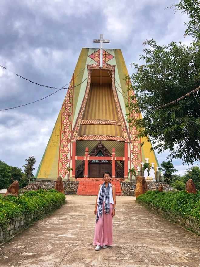 Hạnh phúc ngang đường của cô gái trốn nhà đi xuyên Việt một mình - 5