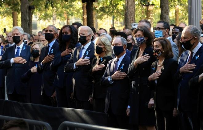 Ba đời tổng thống Mỹ hội ngộ, tưởng niệm vụ khủng bố đẫm máu nhất lịch sử - 1
