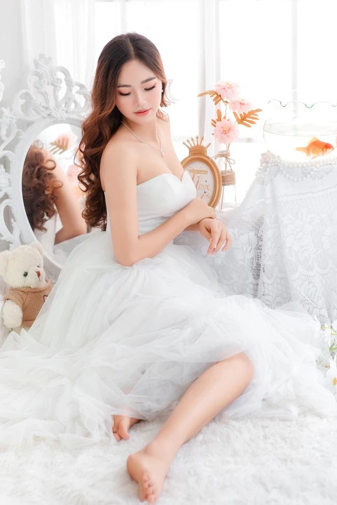 Nữ sinh Nam Định dẫn đầu bảng bình chọn Hoa hậu Hoàn vũ Việt Nam 2021 - 5