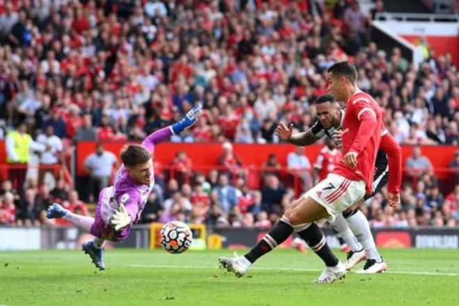 HLV Solskjaer tuyên bố không để C.Ronaldo chơi mọi trận đấu cho Man Utd - 1
