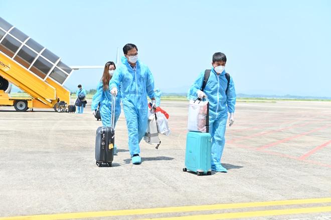 Quảng Ninh đón 2 chuyến bay chở khách từ Mỹ có hộ chiếu vắc xin - 1