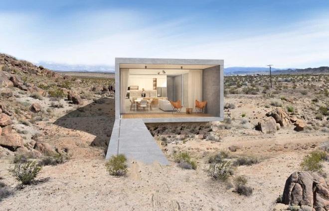 Ngôi nhà nằm cô quạnh giữa hoang mạc bán giá gần 2,5 triệu USD - 1