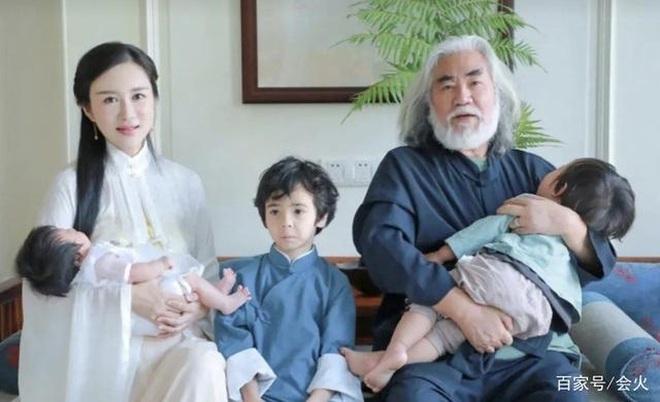 Ở tuổi 70, đạo diễn phim võ hiệp Trương Kỷ Trung mừng con gái tròn một tuổi - 9