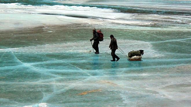 Điểm đến du lịch độc lạ, bởi vừa có thể đóng băng vừa say nắng cùng lúc - 2