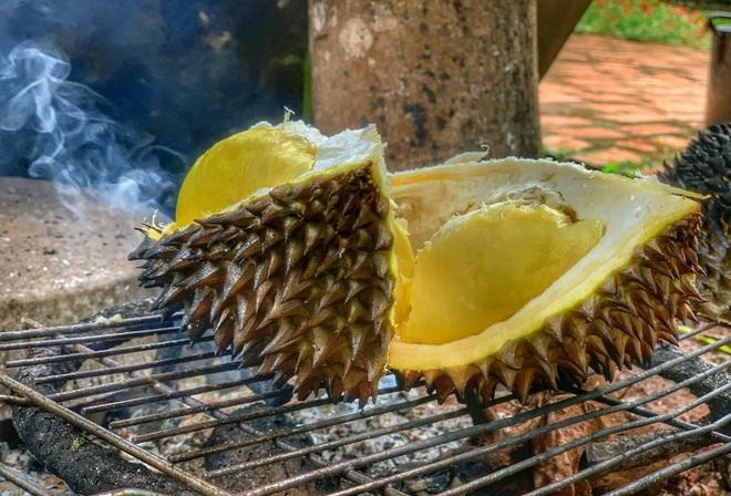 Món sầu riêng nướng thơm nức, lạ miệng ở Đắk Lắk - 3