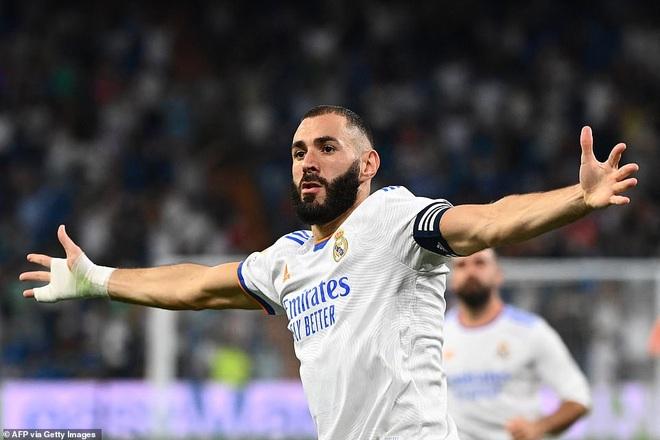 Benzema lập hattrick, Real Madrid tiếp tục dẫn đầu La Liga - 3