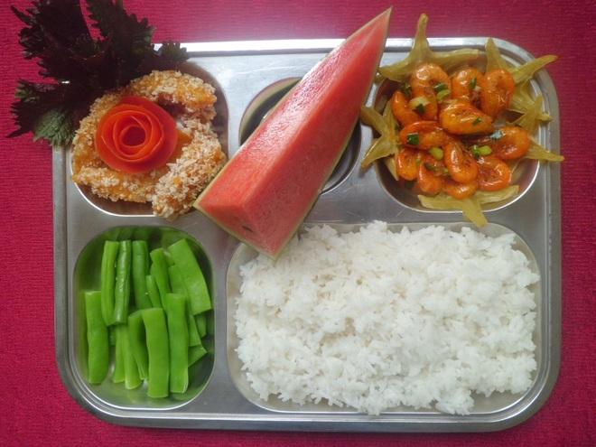 TP. Nha Trang chủ trương xã hội hóa việc cung cấp suất ăn cho học sinh Mầm non, Tiểu học - 1