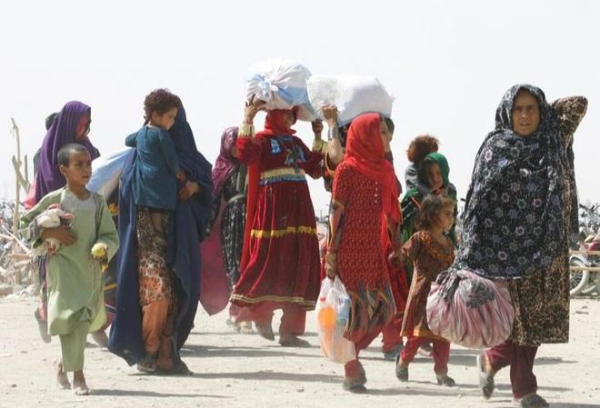 Afghanistan nguy cơ sụp đổ hoàn toàn, quốc tế cam kết viện trợ 1 tỷ USD - 1