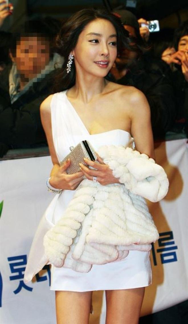 Nhức nhối nạn quấy rối tình dục trong showbiz Hàn Quốc - 5