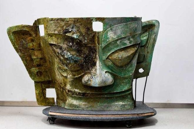Tìm thấy mặt nạ vàng 3.000 năm tuổi ở Trung Quốc - 2