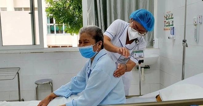 Uống thuốc chữa bách bệnh, người phụ nữ suy đa tạng vì ngộ độc - 2