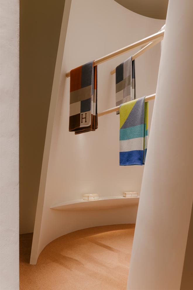 Những mẫu nội thất tinh tế được trưng bày tại Milan Design Week - 7