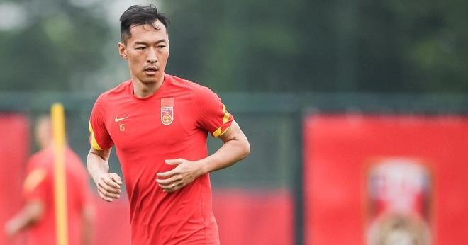 Đội trưởng Trung Quốc thể hiện quyết tâm trước trận gặp tuyển Việt Nam - 1