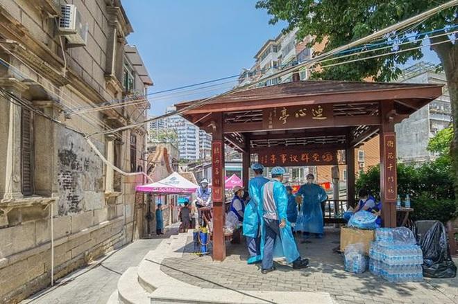 Trung Quốc phong tỏa thành phố du lịch 4,5 triệu dân vì Covid-19 - 2