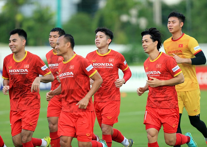 Công Phượng rạng rỡ trong ngày tái xuất ở đội tuyển Việt Nam - 3