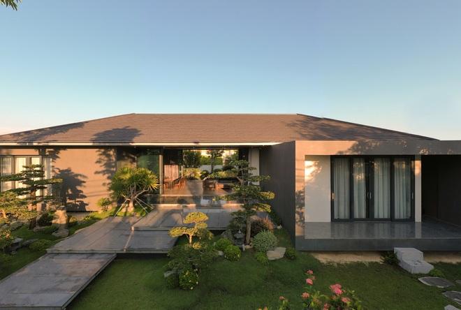 Ngắm ngôi nhà nằm giữa vườn xanh, luôn mát mẻ của gia đình ở Quảng Bình - 5