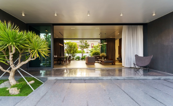Ngắm ngôi nhà nằm giữa vườn xanh, luôn mát mẻ của gia đình ở Quảng Bình - 2
