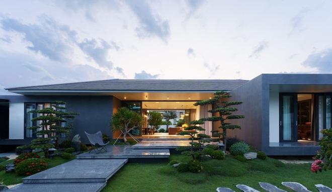 Ngắm ngôi nhà nằm giữa vườn xanh, luôn mát mẻ của gia đình ở Quảng Bình - 3