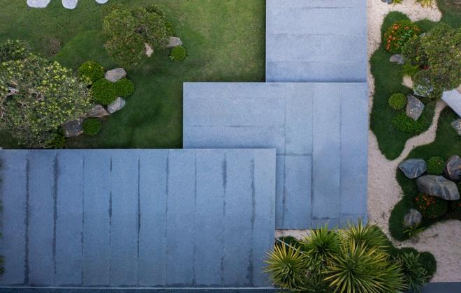 Ngắm ngôi nhà nằm giữa vườn xanh, luôn mát mẻ của gia đình ở Quảng Bình - 4